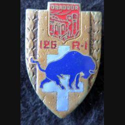 126° RI : insigne métallique du 126° régiment d'infanterie ORADOUR de fabrication Drago O.M H. 283 en émail