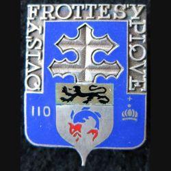 110° RI : 110° régiment d'infanterie de fabrication non spécifiée en émail