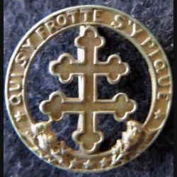 110° RI : 110° régiment d'infanterie de fabrication non spécifiée en métal doré