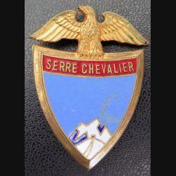SKI : vieil insigne de la station Serre Chevalier en émail