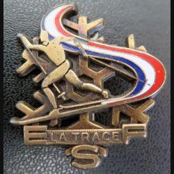 SKI : vieil insigne de la station ESF La Trace de fabrication Decat