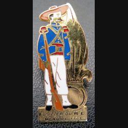 LEGION : Pin's d'un fusiller légionnaire Mexique 1863