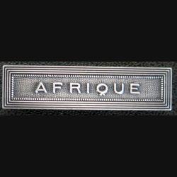 """Barrette """" AFRIQUE """" en métal argenté"""