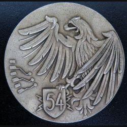 54° RT : plaque du 54° régiment de transmissions de diamètre 7 cm en métal argenté de fabrication Fraisse