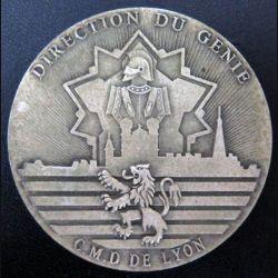 DG LYON : plaque de la direction du génie de Lyon en métal argenté de diamètre 74 mm dédicacée