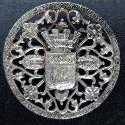 Très belle broche à priori en argent de la Rochelle de diamètre 3,7 cm