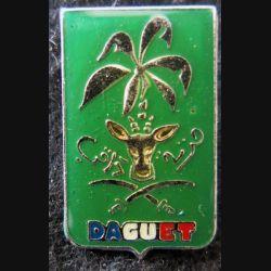 PIN'S DIVISION DAGUET : pin's métallique de la division Daguet 25 mm