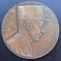 Plaque des 100 kms de la division Leclerc  en bronze de diamètre 50 mm