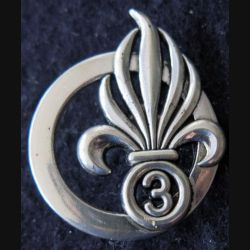 3° REI : Insigne béret du 3° régiment étranger d'infanterie fabrication Coinderoux G. 3840 argenté
