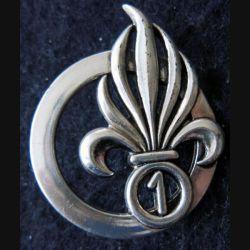 1° REC : Insigne béret du 1° régiment étranger de cavalerie fabrication Coinderoux G. 3840 argenté