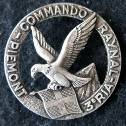 3° RIA : Insigne béret du Commando Raynal du 3° régiment d'infanterie alpine de fabrication Drago Paris