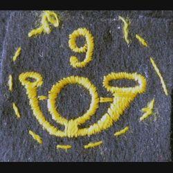 9° BCA : insigne tissu du 9° bataillon de chasseurs alpins en feutre bleu foncé