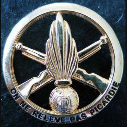 """1° RI : insigne béret 1° régiment infanterie """"on ne relève pas Picardie"""" LR Paris"""