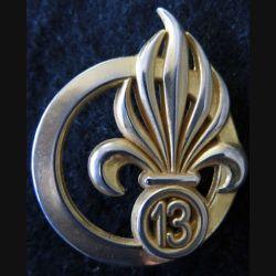 13° DBLE : insigne de béret de la 13° demi brigade de la Légion étrangère de fabrication Boussemart G. 3840