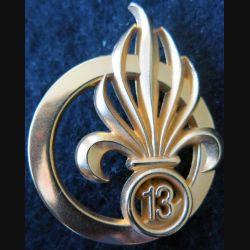 13° DBLE : insigne de béret de la 13° demi brigade de la Légion étrangère de fabrication Guymo Paris G. 3840