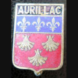 BLASON AURILLAC : insigne de boutonnière en émail de la ville d'Aurillac 13 x 18 mm épingle