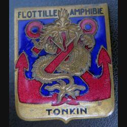 FA TONKIN : insigne de la flotille amphibe Tonkin Arthus Bertrand Paris émail n° 1474