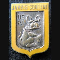 115° RI : insigne métallique du 115° régiment d'infanterie Fraisse Demey Paris en émail