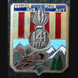 141° RIA : 141° régiment  d'infanterie alpine de fabrication Drago Béranger déposé en émail bandes rouges foncées
