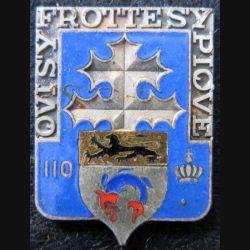 110° RI : insigne métallique du 110° Régiment d'infanterie de fabrication Andor en émail sans attache