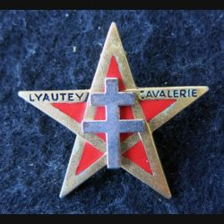 1° RSM : insigne métallique du 1° régiment de spahis marocains de fabrication AB Paris G. 1627 email