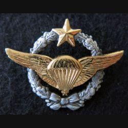 ARMÉE AIR : insigne métallique brevet militaire de parachutiste d'essai Drago Paris 44 mm
