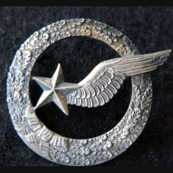 ARMÉE AIR : insigne métallique brevet d'élève pilote observateur sans fabricant 42 mm tout argenté