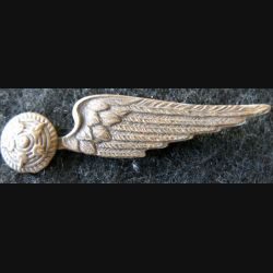 ARMEE AIR : Ancien insigne de coiffure de mitrailleur troupe de l'armée de l'air 1928