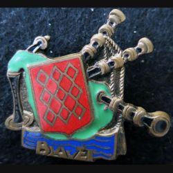 BLAVET : insigne du bâtiment de débarquement de Chars  Augis émail