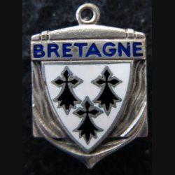 BRETAGNE : bâtiment de ligne Bretagne poinçon AB en émail