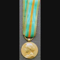 FRANCE : médaille miniature des évadés en bronze