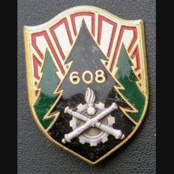 608° CM : insigne métallique de la 608° compagnie de magasin de fabrication Drago Paris G. 1832