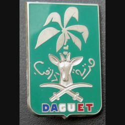 DIVISION DAGUET : insigne de la division Daguet de fabrication Balme Saumur texte en arabe