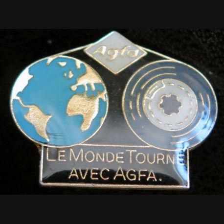 PIN'S : le monde tourne avec Agfa