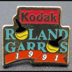 PIN'S : Kodak Roland Garros 1991 de hauteur 2,3 cm