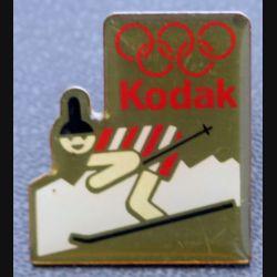 PIN'S : Kodak Jeux olympiques sli de hauteur 2,5 cm