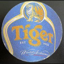 DESSOUS DE VERRE A BIÈRE : Tiger est 1932  world accaimed de 9,5 cm de diamètre