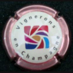 Capsule Muselet de bouteille de champagne vignerons en champagne contour rosé (L4)